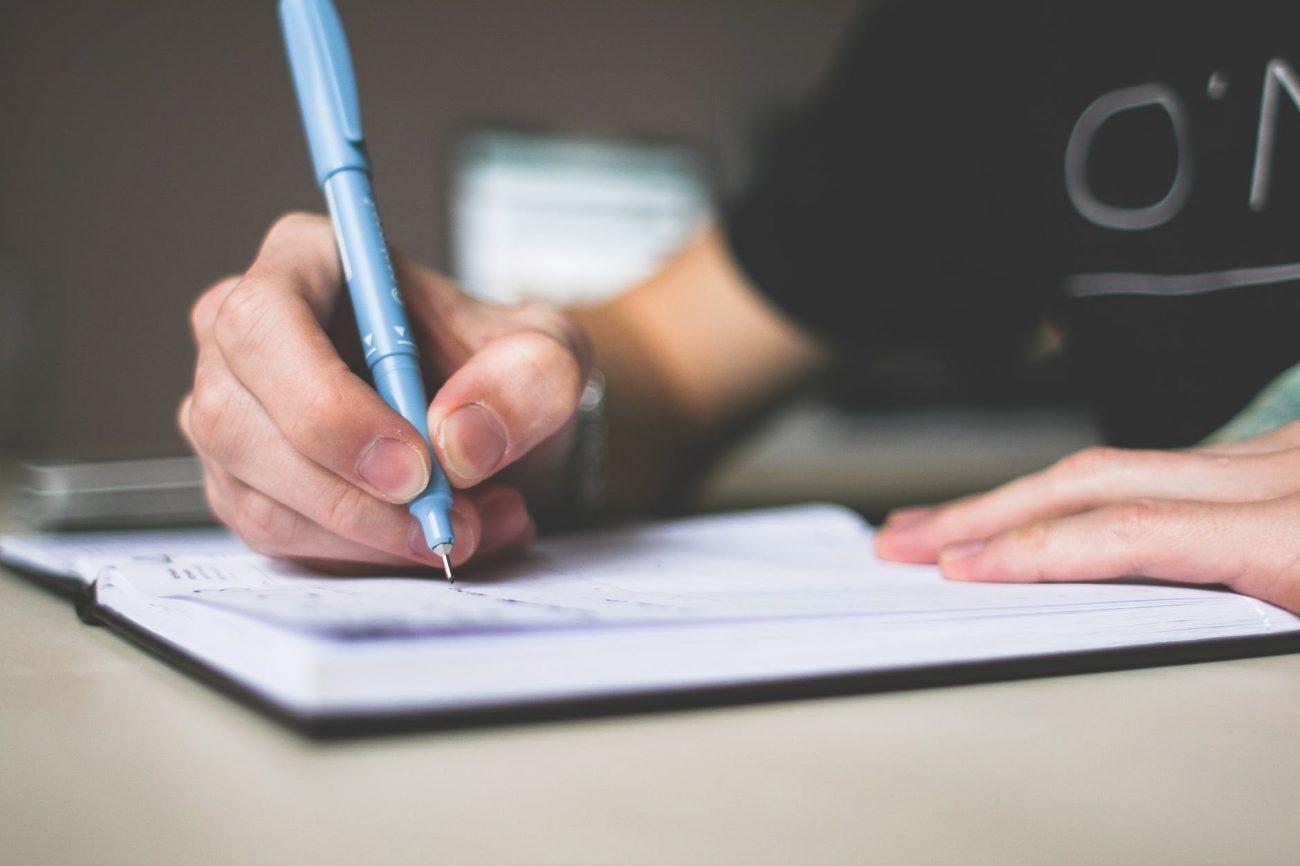 how to writea good essay