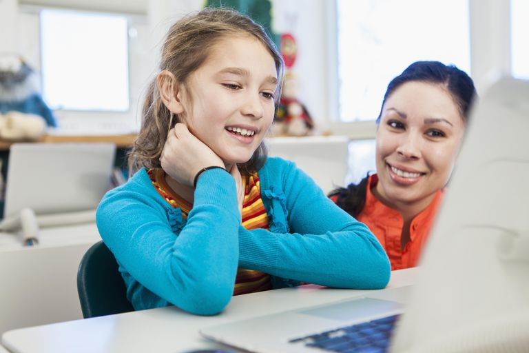 5 Ways a Tutor Can Effectively Use Technology in Class