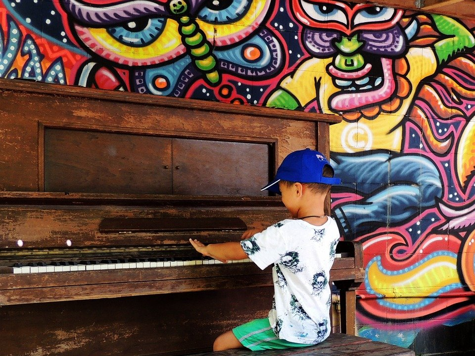 Hire a Piano Teacher: Top 5 Mistakes to Avoid when Learning to Play the Piano