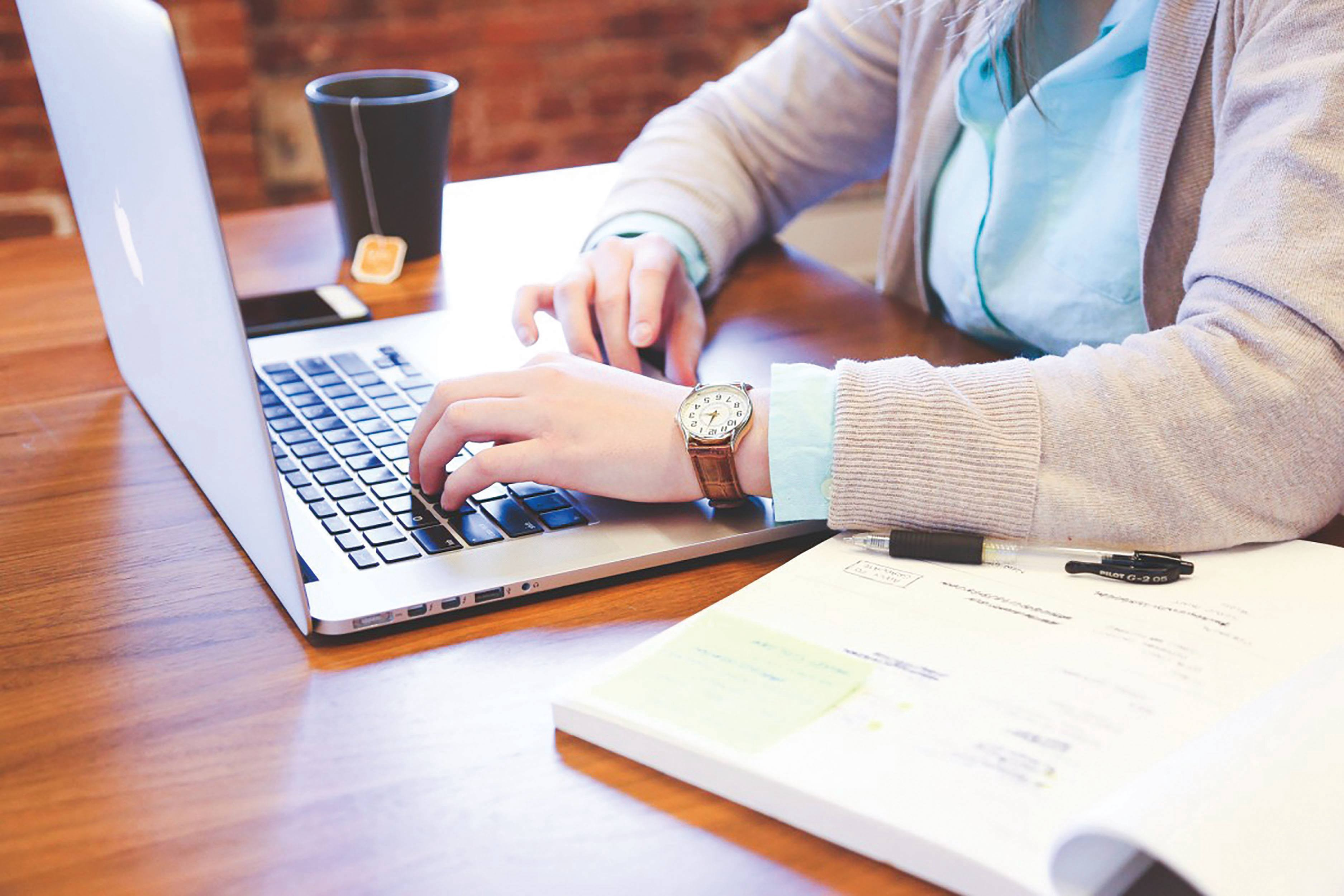 How to Build Your Resume for College Applications
